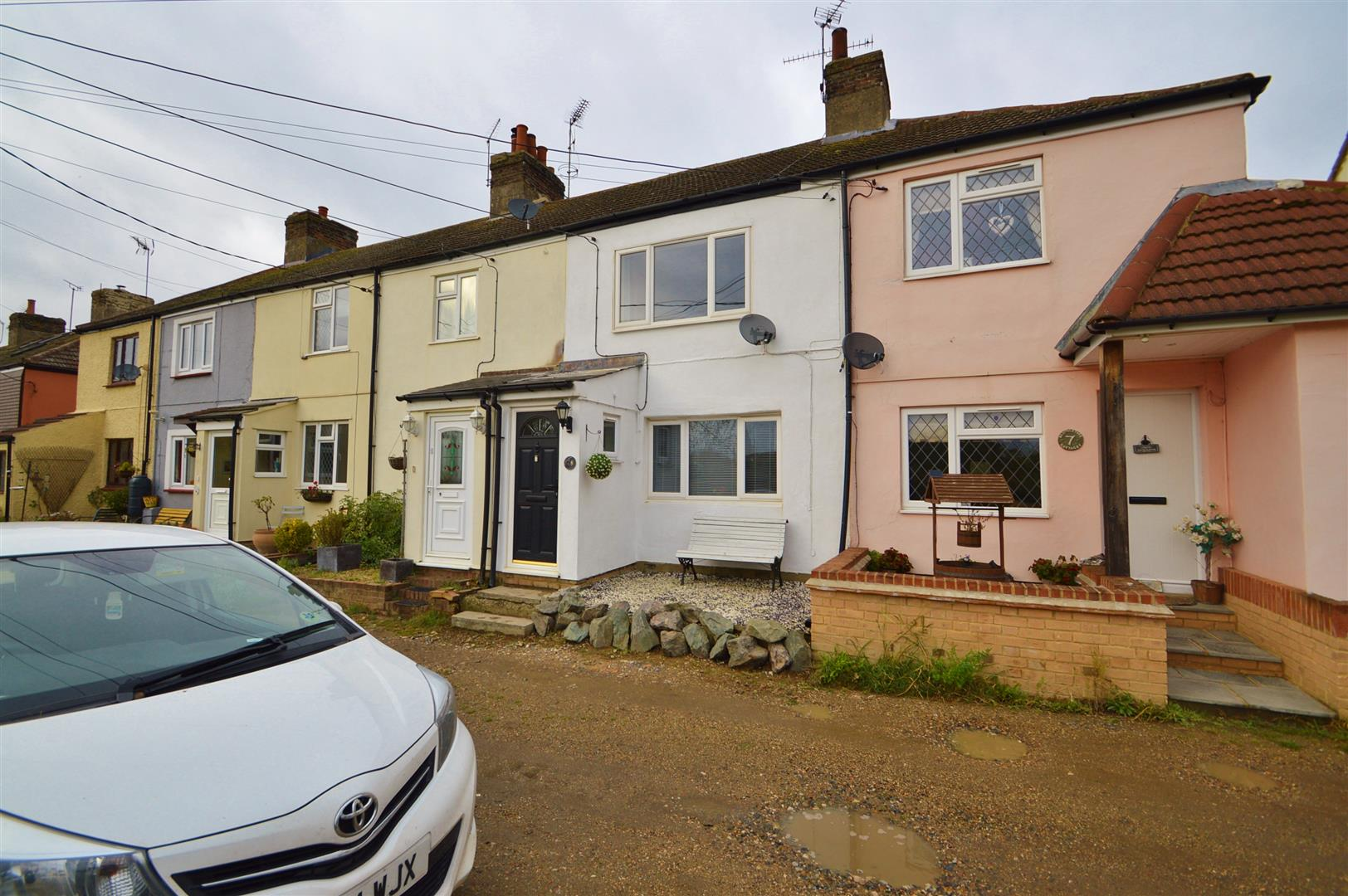 2 Bedrooms Terraced House for sale in Brambletree Cottages, Wouldham